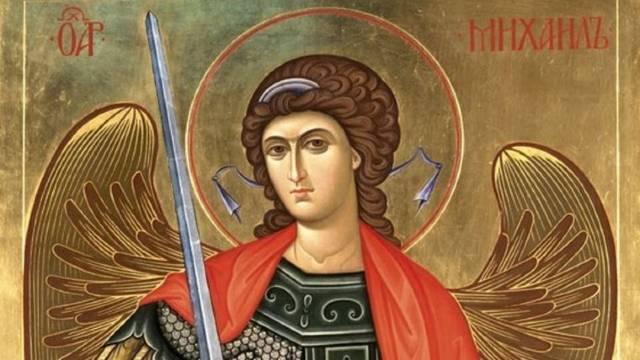 Sveti Arhangel Mihailo, vođa nebeske vojske i čuvar pravoslavne vere - © Milanko Danilovic /Agromedia