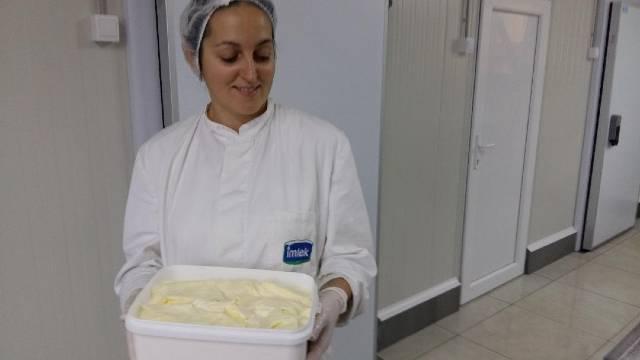 Žičanka Ljupka Janić ostvaruje svoje snove: Moderna mlekara zamenila malu mlekarsku radionicu - © Milanko Danilović / Agromedia