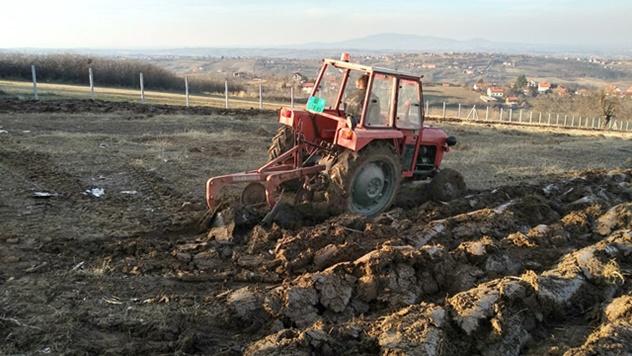Teška zemljišta u Srbiji - © Julijana El Omari/Agromedia
