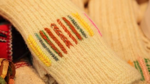 Pletenje vunenih čarapa između umetnosti i zanata - © Agromedia